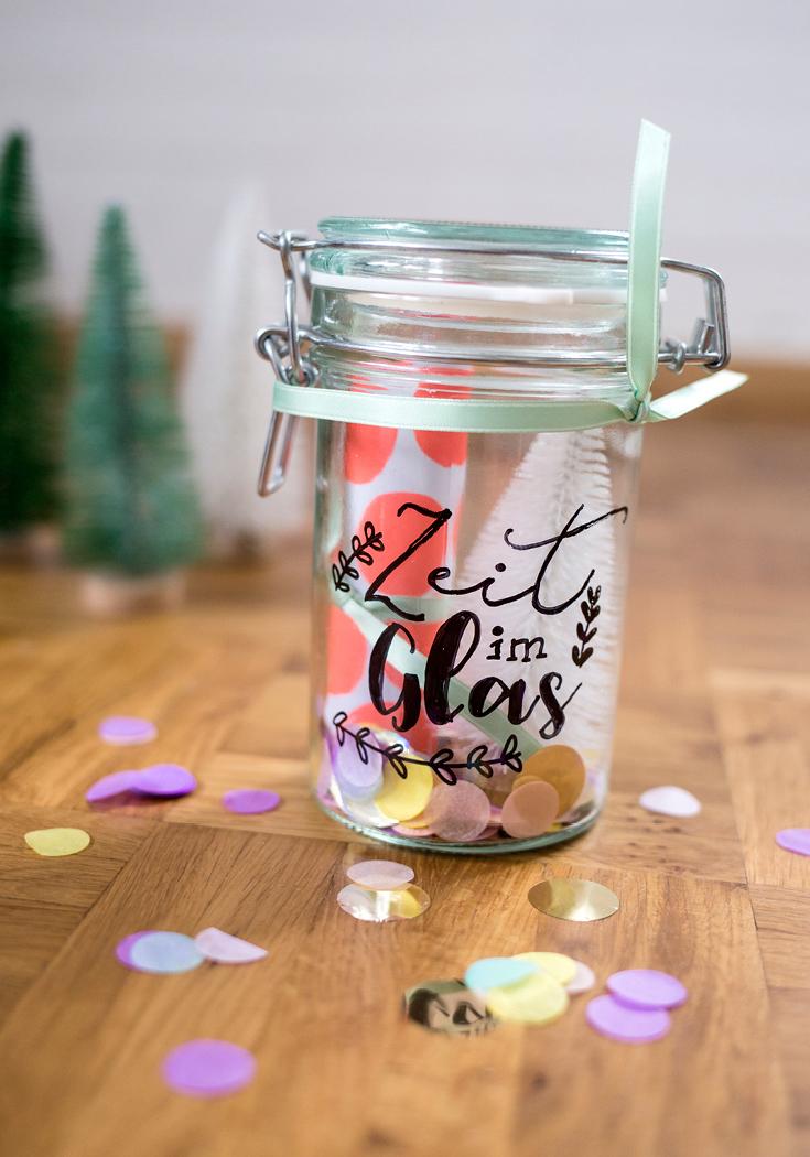 Weihnachts-DIY, Last-Minute-Geschenk, Zeit im Glas, Süddeutsche DIY